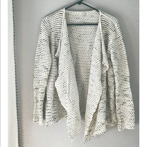 Knit Ruffle Jacket \ Short Cape